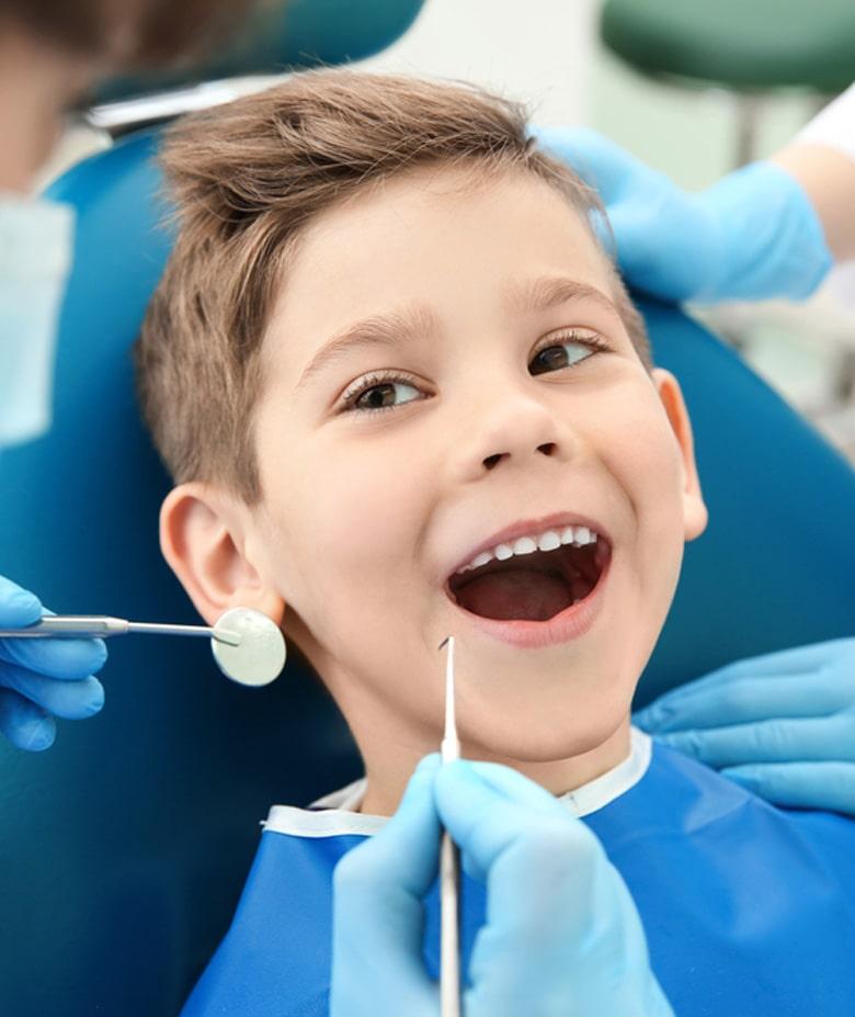 خدمات دندانپزشکی کودکان